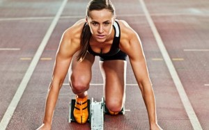 104341815_LANDSCAPEFemale_track_athlete_in_the_starting_position_on_a_track_trans_NvBQzQNjv4BqoDIC0oZlX3bRbVRuQxmqEBbX8Cb-nEcGbw-n9H5Mxmc